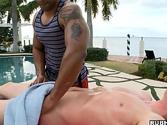 White little shaver has a nice black dude feel sorry him an awesome massage!